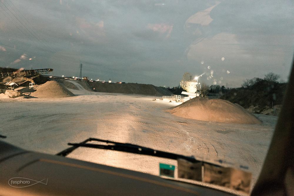 Verona - La ghiaia e la pioggia che si trovano in cava, rendono più impegnativa la guida.