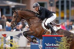 589 - Cupido V - Houwen Kristian<br /> 7 Jarige Springen<br /> KWPN Paardendagen - Ermelo 2014<br /> © Dirk Caremans