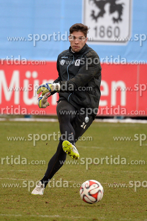 05.03.2015, Gruenwalderstrasse, M&uuml;nchen, GER, 2. FBL, TSV 1860 M&uuml;nchen, Training, im Bild vl. Stefan Ortega ( TSV 1860 Muenchen ) // during a practice session of 2nd german footballleague club TSV 1860 M&uuml;nchen at the Gruenwalderstrasse in M&uuml;nchen, Germany on 2015/03/05. EXPA Pictures &copy; 2015, PhotoCredit: EXPA/ Eibner-Pressefoto/ Vallejos<br /> <br /> *****ATTENTION - OUT of GER*****