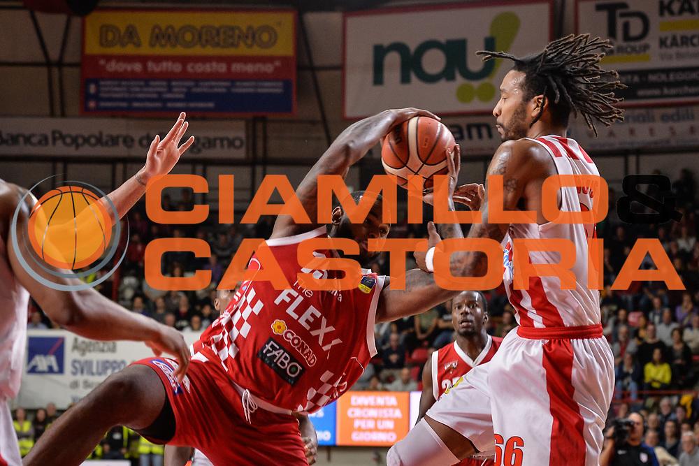 Onuoha Federico<br /> Pallacanestro Cantu' - Dolomiti Energia Trento<br /> Basket serie A 2017/2018<br /> Varese 22/10/2017<br /> Foto Mattia Ozbot /Ciamillo-Castoria