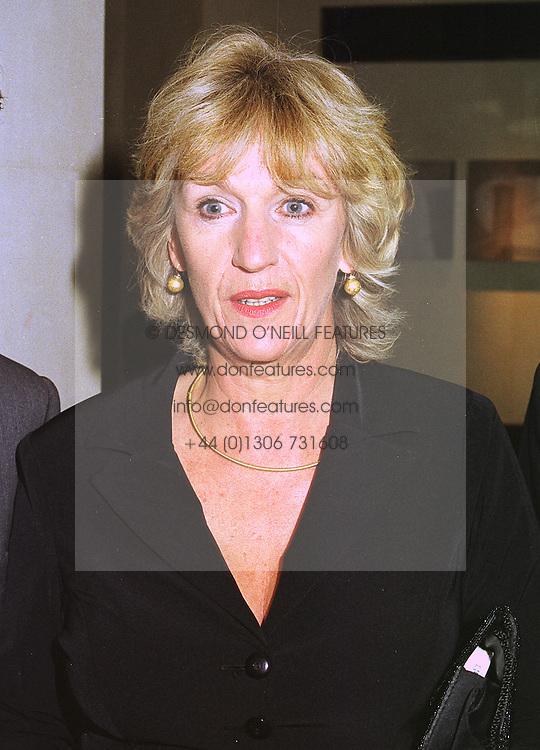 MRS SIMON ELLIOT sister of Camilla Parker Bowles, at a dinner in London on 30th September 1998.MKK 92