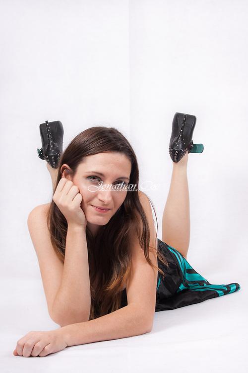 Model: Christina Cardoza