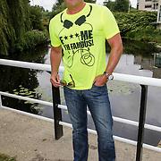 NLD/Amsterdam/20120822 - Perspresentatie SBS Sterren Springen, presentator Gerard Joling