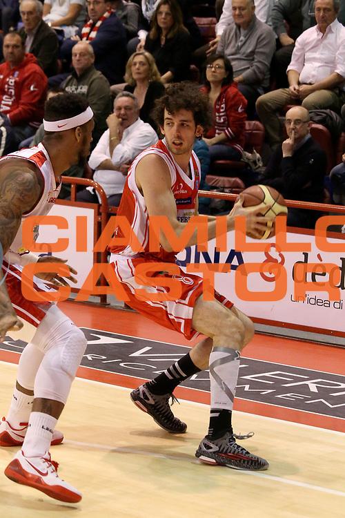 DESCRIZIONE : Campionato 2014/15 Giorgio Tesi Group Pistoia - Grissin Bon Reggio Emilia<br /> GIOCATORE : Della Valle Amedeo<br /> CATEGORIA : Palleggio<br /> SQUADRA : Grissin Bon Reggio Emilia<br /> EVENTO : LegaBasket Serie A Beko 2014/2015<br /> GARA : Giorgio Tesi Group Pistoia - Grissin Bon Reggio Emilia<br /> DATA : 19/04/2015<br /> SPORT : Pallacanestro <br /> AUTORE : Agenzia Ciamillo-Castoria/S.D'Errico<br /> Galleria : LegaBasket Serie A Beko 2014/2015<br /> Fotonotizia : Campionato 2014/15 Giorgio Tesi Group Pistoia - Grissin Bon Reggio Emilia<br /> Predefinita :