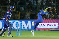 April 22, 2018 - Jaipur, Rajasthan, India - Rajasthan Royals bowler Jofra Archer bowls  during the IPL T20 match against  Mumbai Indians  at Sawai Mansingh Stadium in Jaipur on 22 April,2018.(Photo By Vishal Bhatnagar/NurPhoto) (Credit Image: © Vishal Bhatnagar/NurPhoto via ZUMA Press)