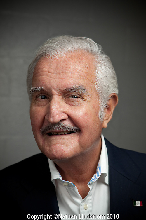 Famed Mexican writer Carlos Fuentes is photographed before giving a reading Monday evening October 11, 2010 on Hubbard Stage at the Alley Theatre. Fuentes, one of Mexico's most celebrated authors, has been touted as one of the greatest literary figures of Latin America...Nathan Lindstrom/For the Chronicle..©2010 Nathan Lindstrom