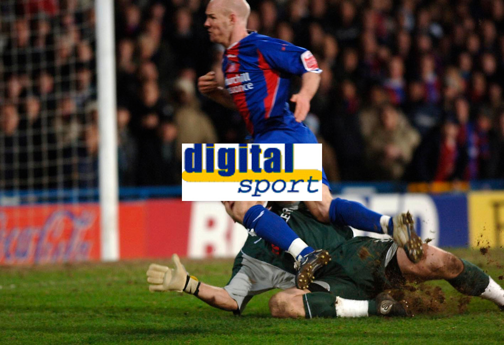 Photo: Daniel Hambury.<br />Crystal Palace v Reading. Coca Cola Championship.<br />20/01/2006.<br />Palace's Andrew Johnson knocks the ball past Reading's Marcus Hahnemann and is fouled for a penalty.