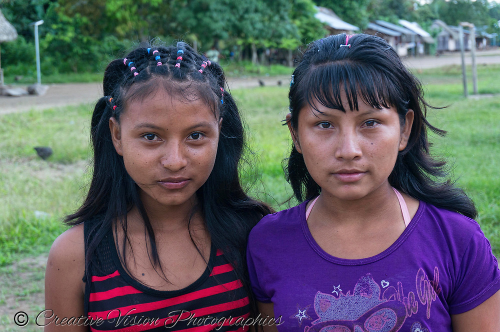 Two young Shipibo women
