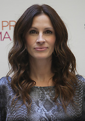 Sep 16, 2010 - Rome, Italy - Actress JULIA ROBERTS poses for the ''Eat Pray Love'' Rome's photo call. (Credit Image: © Evandro Inetti/ZUMApress.com)