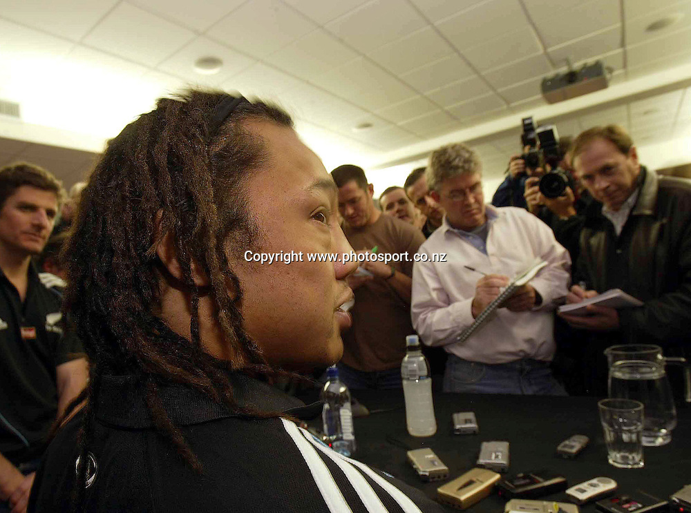 British and Irish Lions Tour to New Zealand 2005 New Zealand Press Conference, Wellington, New Zealand 29/6/2005<br />All Black captain Tana Umaga faces the press<br />Mandatory Credit &copy;INPHO/Billy Stickland