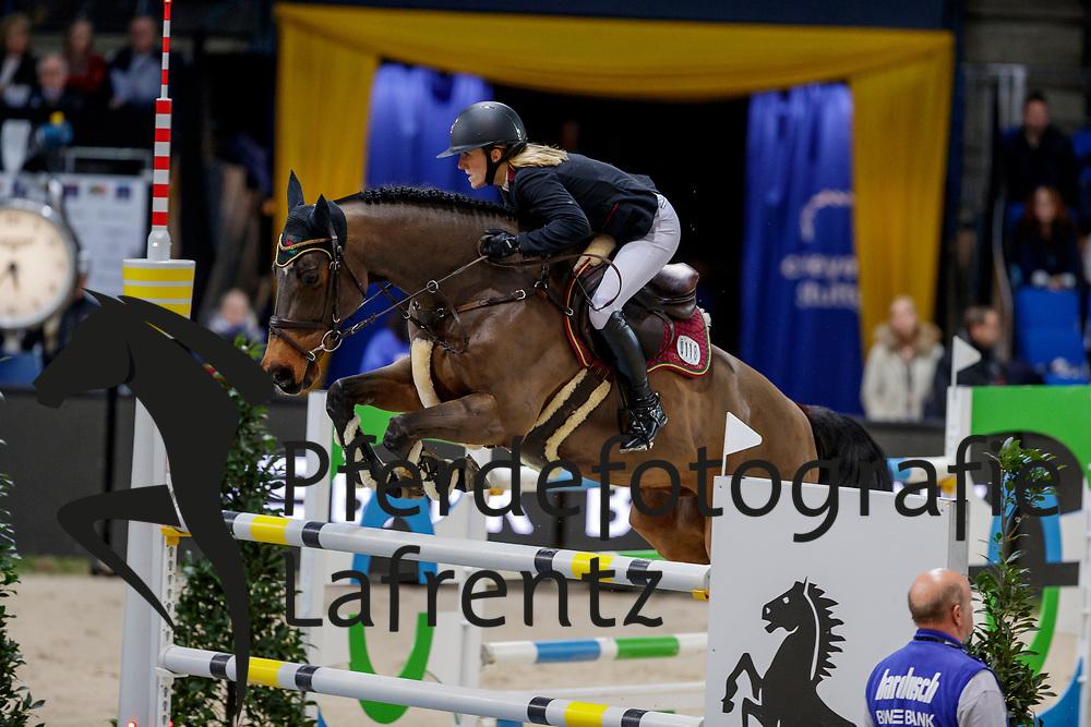 BORMANN Finja (GER), A crazy son of Lavina<br /> Stuttgart - German Masters 2019<br /> Preis der ARAGON Robotics<br /> Springprüfung<br /> Qualifikation zum MERCEDES GERMAN MASTER<br /> 15. November 2019<br /> © www.sportfotos-lafrentz.de/Stefan Lafrentz
