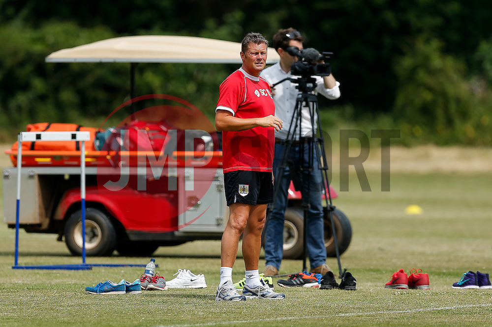 Manager Steve Cotterill looks on as Bristol City return to training ahead of their 2015/16 Sky Bet Championship campaign - Photo mandatory by-line: Rogan Thomson/JMP - 07966 386802 - 01/07/2015 - SPORT - Football- Bristol, England - Failand Training Ground - Sky Bet Championship.