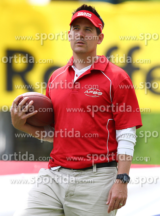 30.05.2010, Hohe Warte, Wien, AUT, Pfizer Charity Bowl XII, Team Austria vs Augustana Vikings, im Bild Defense Coordinator Chris Calaycay, Team Austria  ,  EXPA Pictures © 2010, PhotoCredit: EXPA/ T. Haumer / SPORTIDA PHOTO AGENCY