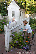 Summer garden photography with models at Shield's Tavern Garden.
