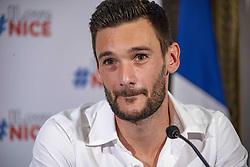 July 18, 2018 - Nice | Nice, France | France - The goalkeeper and captain of the French football team Hugo Lloris and Nice of origin, received at the Nice Town Hall by Christian Estrosi Mayor of Nice and celebrated by the Nice people gathered in the street. | Le Gardien de but  et capitaine de l'équipe de France de football Hugo Lloris et Niçois d'origine, reçu à la Mairie de Nice par Christian Estrosi Maire de Nice et fêté par les Niçois rassemblés dans la rue. 18/07/2018 (Credit Image: © Roland Macri/Belga via ZUMA Press)