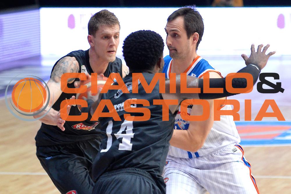 DESCRIZIONE : Beko Legabasket Serie A 2015- 2016 Acqua Vitasnella Cantu' Pasta Reggia Juve Caserta<br /> GIOCATORE : Lorbek Domen<br /> CATEGORIA : Curiosita<br /> SQUADRA :Acqua Vitasnella Cantu'<br /> EVENTO : Beko Legabasket Serie A 2015-2016 <br /> GARA : Acqua Vitasnella Cantu' Pasta Reggia Juve DATA : 13/03/2016 <br /> SPORT : Pallacanestro <br /> AUTORE : Agenzia Ciamillo-Castoria/I.Mancini