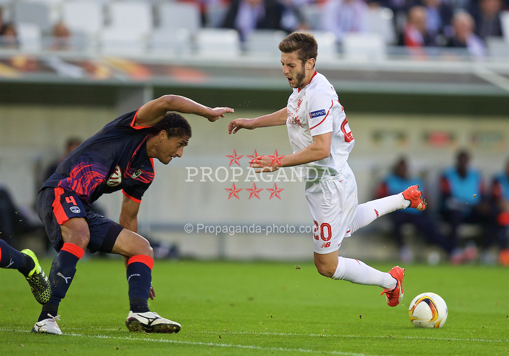 BORDEAUX, FRANCE - Thursday, September 17, 2015: Liverpool's Adam Lallana in action against FC Girondins de Bordeaux during the UEFA Europa League Group Stage Group B match at the Nouveau Stade de Bordeaux. (Pic by David Rawcliffe/Propaganda)