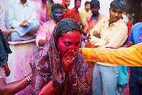 Inde, Uttar Pradesh, fete de Holi, Fete de la couleur et du printemps qui celebre les amours de Krishna et Radha // India, Uttar Pradesh, Holi festival, color and spring festival, celebrate the love between Krishna and Radha.