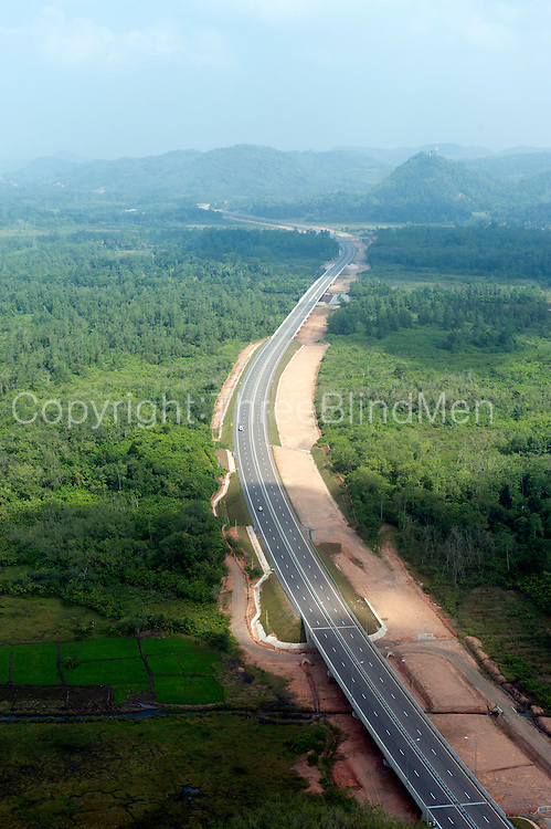 The Southern Express way between Kottawa and Galle.