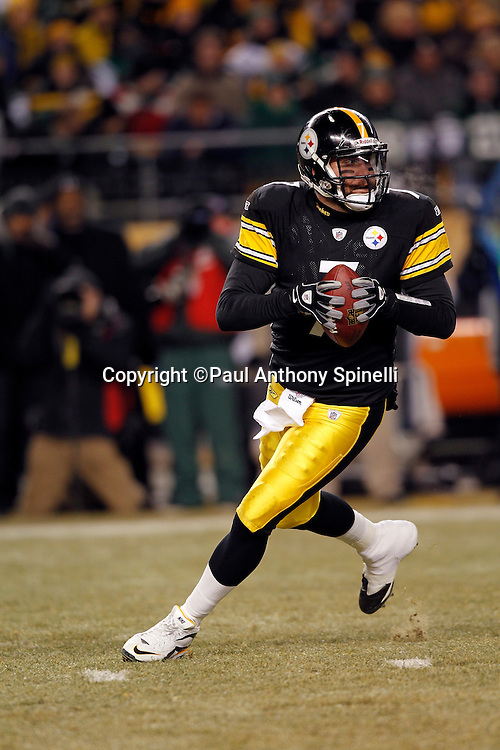 Pittsburgh Steelers quarterback Ben Roethlisberger (7) rolls out while looking to pass during the NFL 2011 AFC Championship playoff football game against the New York Jets on Sunday, January 23, 2011 in Pittsburgh, Pennsylvania. The Steelers won the game 24-19. (©Paul Anthony Spinelli)