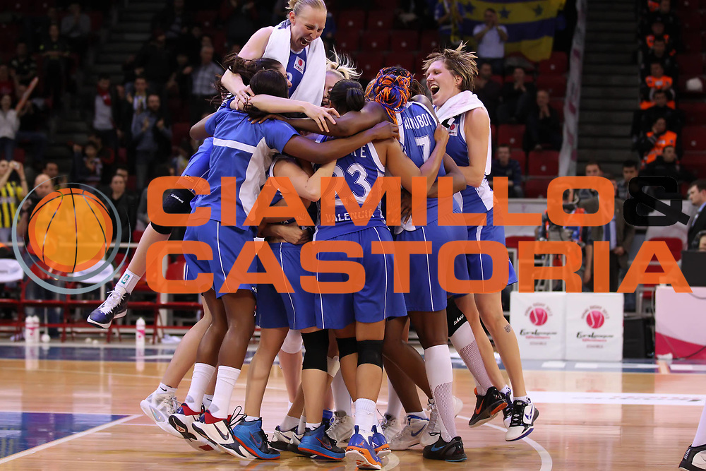 DESCRIZIONE : Istanbul Fiba Europe Euroleague Women 2011-2012 Final Eight Final Rivas Ecopolis Ros Casares Valencia<br /> GIOCATORE : Ann Wauters<br /> SQUADRA : Ros Casares Valencia<br /> EVENTO : Euroleague Women<br /> 2011-2012<br /> GARA : Rivas Ecopolis Ros Casares Valencia<br /> DATA : 01/04/2012<br /> CATEGORIA : <br /> SPORT : Pallacanestro <br /> AUTORE : Agenzia Ciamillo-Castoria/ElioCastoria<br /> Galleria : Fiba Europe Euroleague Women 2011-2012 Final Eight<br /> Fotonotizia : Istanbul Fiba Europe Euroleague Women 2011-2012 Final Eight Final Rivas Ecopolis Ros Casares Valencia<br /> Predefinita :