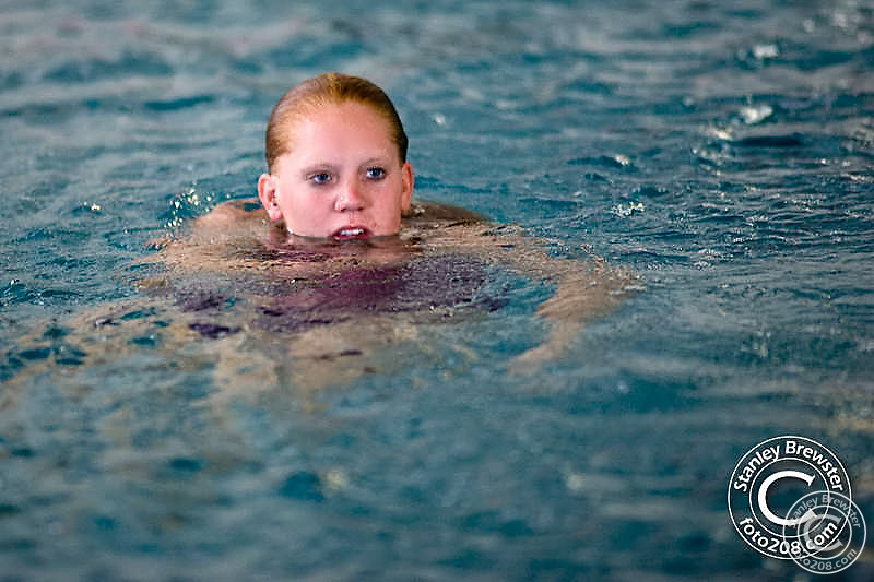 Boise State Bronco swimming and diving team defeated the Washington State Cougars 178-116 Saturday in Boise, Idaho.
