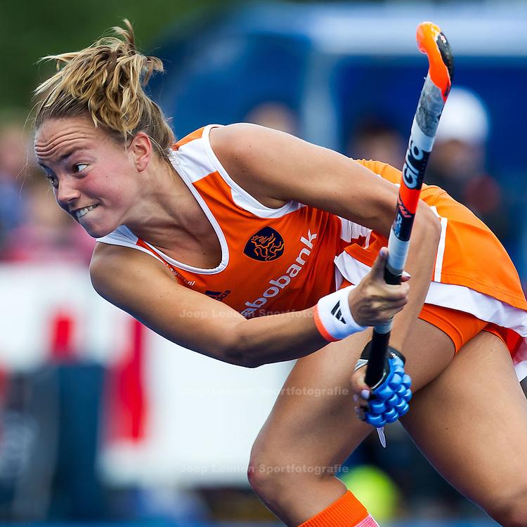 UTRECHT - hockey dames Nederland - China, oefen interland Olympische Spelen, 23-6-2012, Kampong Complex, Maartje Paumen na een strafcorner.