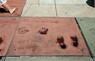 US-LOS ANGELES:  Hand,- and footprints of actor Al Pacino, on Hollywood Boulevard. PHOTO GERRIT DE HEUS