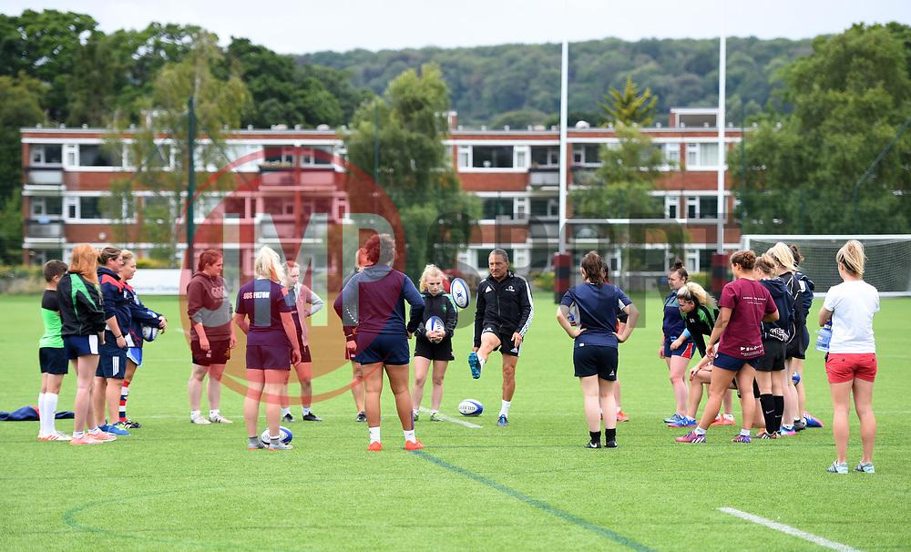 Dr Dave Alred talks to Bristol Ladies - Mandatory by-line: Paul Knight/JMP - 29/07/2017 - RUGBY - Bristol Ladies Rugby pre-season training