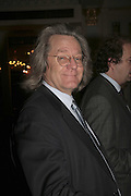 A.C. GRAYLING. The Colman Getty Pen Quiz, Cafe Royal. London. 27 November 2006. ONE TIME USE ONLY - DO NOT ARCHIVE  © Copyright Photograph by Dafydd Jones 66 Stockwell Park Rd. London SW9 0DA Tel 020 7733 0108 www.dafjones.com