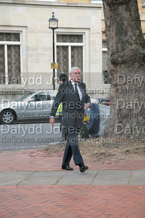 Mark Birley funeral. St Paul's , Knightsbridge. London. 19 September 2007. -DO NOT ARCHIVE-© Copyright Photograph by Dafydd Jones. 248 Clapham Rd. London SW9 0PZ. Tel 0207 820 0771. www.dafjones.com.