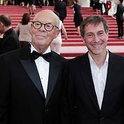 NLD/Amsterdam/201200704 - Inloop Koninging Beatrix bij afscheid Hans van Manen, Hans en de Duitse choreograaf Martin Schläpfer