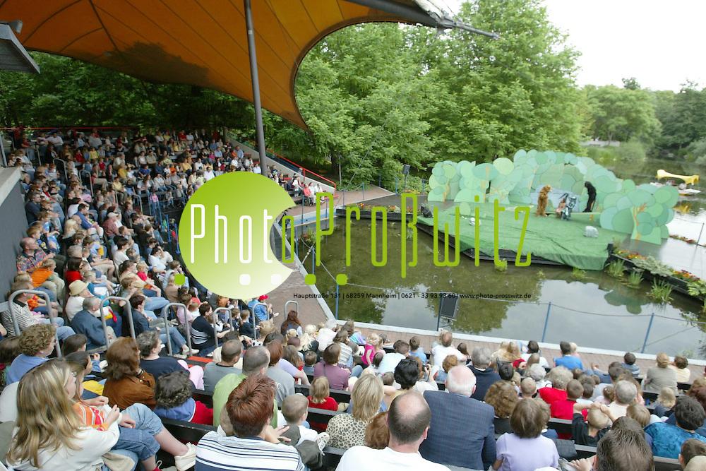 Mannheim. Luisenpark Seeb&uuml;hne. Das Dschungelbuch<br /> <br /> Bild: Pro&szlig;witz