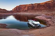 Lake Powell, Wetherill Canyon, houseboat,