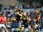 Wycombe, GREAT BRITAIN,  Wasps James HASKELL, collect the high ball, supported by Tom Rees and far right Joe WORSLEY, during the Guinness Premiership match,  London Wasps vs Worcester Warriors at Adam's Park Stadium, Bucks on Sun 14.09.2008. [Photo, Peter Spurrier/Intersport-images]