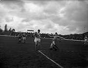 23/03/1959<br /> 03/23/1959<br /> 23 March 1959<br /> Soccer: Limerick v Drumcondra at Glenmalure Park, Milltown. F.A.I. Cup game 3rd/third replay.