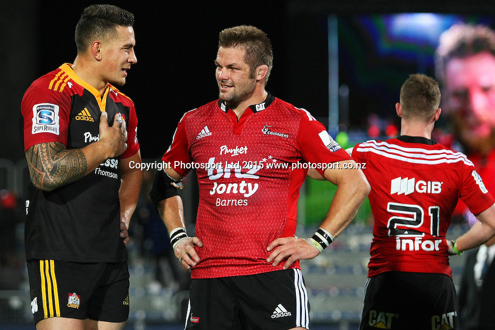 Richie McCaw of the Crusaders chats to Sonny Bill Williams of the Chiefs during the Investec Super Rugby game between the Crusaders v Chiefs at AMI Stadium i Christchurch. 17 April 2015 Photo: Joseph Johnson/www.photosport.co.nz
