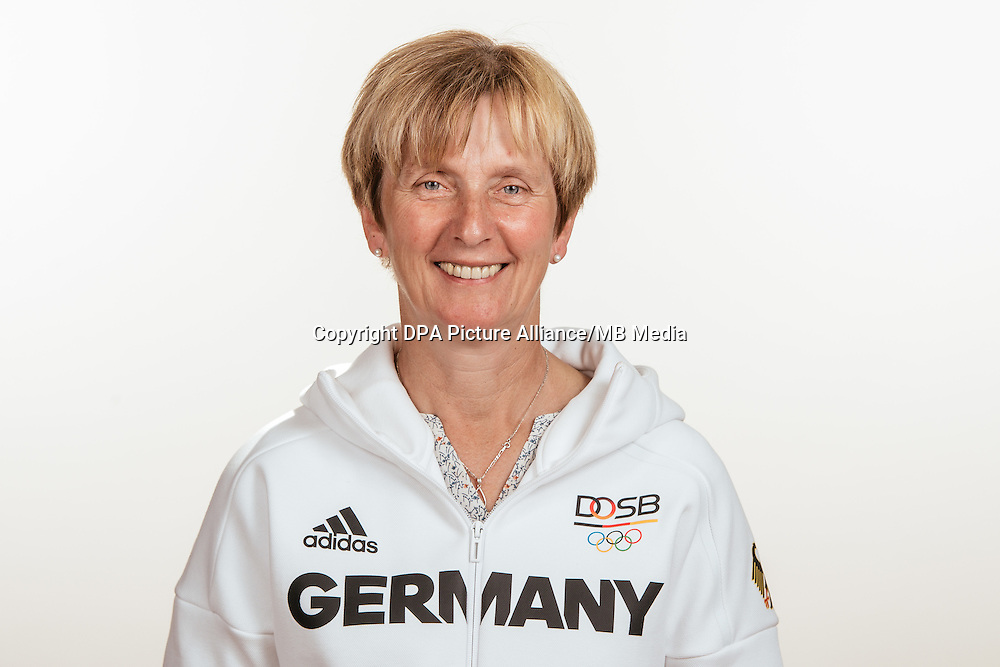 Barbara Auffarth poses at a photocall during the preparations for the Olympic Games in Rio at the Emmich Cambrai Barracks in Hanover, Germany, taken on 18/07/16 | usage worldwide