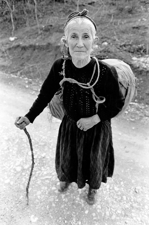 ALBANIA - Albanien - 1992 - Second democratic elections.Transition from communism to democracy; Old woman - greek minority in Southeast Albania -   03/1992; near Gjirokastra © Christian Jungeblodt