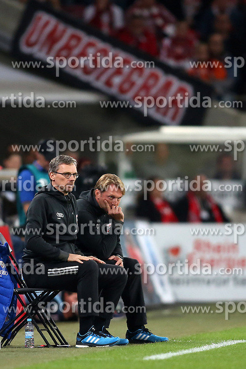 22.09.2015, Audi Sportpark, Ingolstadt, GER, 1. FBL, FC Ingolstadt 04 vs Hamburger SV, 6. Runde, im Bild Trainer Ralph Hasenhuettl (FC Ingolstadt) und Co-Trainer Michael Henke // during the German Bundesliga 6th round match between FC Ingolstadt 04 and Hamburger SV at the Audi Sportpark in Ingolstadt, Germany on 2015/09/22. EXPA Pictures &copy; 2015, PhotoCredit: EXPA/ Eibner-Pressefoto/ Schueler<br /> <br /> *****ATTENTION - OUT of GER*****