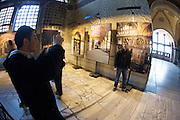 Istanbul. Hagia Sophia (a former church turned into a mosque, and now a museum). Foto exhibition.