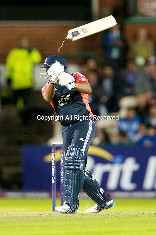31.08.2011 Natwest International T20 England v India from Old Trafford. Samit Patel's bat snaps.