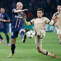FOOTBALL - CHAMPIONS LEAGUE 2012/2013 PSG VS ZAGREB - 06/11/2012 - CHRISTOPHE JALLET (PARIS SAINT-GERMAIN),  JOSIP PIVARIC (ZAGREB)