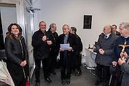 Roma 6 Marzo 2017: Inaugurato l'Emporio della Solidarietà di Montesacro, nella parrocchia di San Ponziano, il quarto a Roma promosso dalla Caritas diocesana, un supermercato per famiglie in difficoltà. L'Emporio, una sorta di supermercato di medie dimensioni con casse automatizzate, carrelli, scaffali e insegne, nasce dall'impegno che le comunità parrocchiali svolgono a sostegno delle famiglie in difficoltà, che nella nuova struttura potranno ritirare gratuitamente dei beni di prima necessità. Nella foto: Roberta Capoccioni Presidente III municipio, Mons. Manlio Asta, parroco di  San Ponziano, vescovo Guerino di Tora, ausiliare per il settore Nord