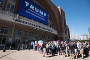Fans wait outside to hear presidential candidate Donald Trump speak during a rally at the American Airlines Center in Dallas, Texas on September 14, 2015. (Cooper Neill for The New York Times)