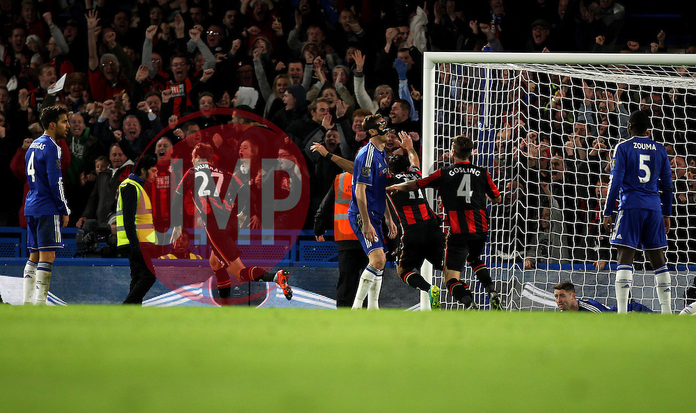 Glenn Murray of Bournemouth celebrates scoring the winning goal against Chelsea - Mandatory byline: Robbie Stephenson/JMP - 05/12/2015 - Football - Stamford Bridge - London, England - Chelsea v AFC Bournemouth - Barclays Premier League