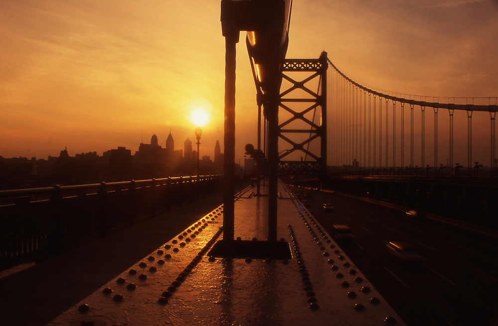 Philadelphia skyline, Ben Franklin Bridge, Sunset,