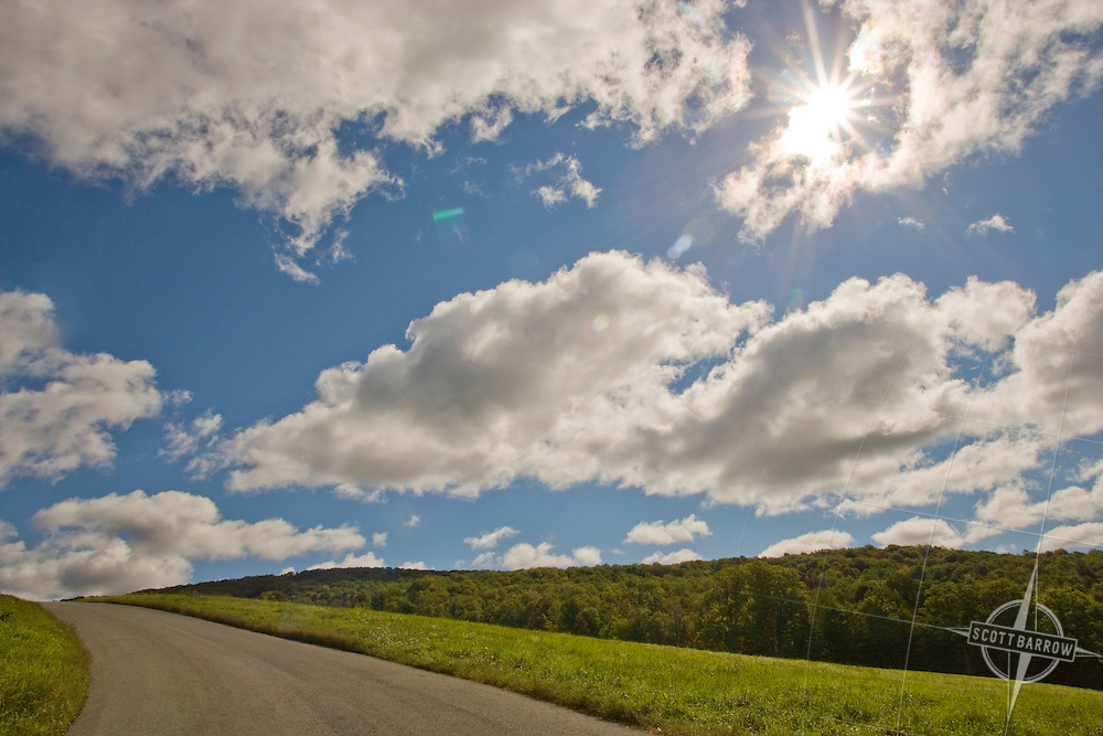 Country road with clouds (MA1c)