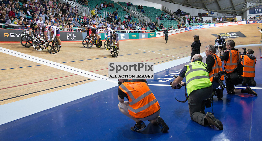 Photographers and Competitors lined up during the Longest Lap competition during Revoultion Series 2015/6 Round 5 Manchester, on 2 January 2016 ( (Photo by Mike Poole - SportPix)