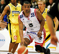 Basket , 29. januar 2006 , BLNO Vollenhallen , Asker Aliens - Ulriken Eagles , Ulriken Eagles Calix N Black Foto : Kasper Wikestad